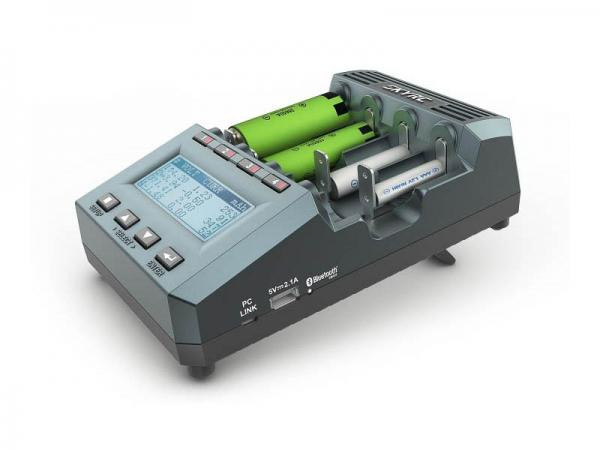 SKYRC Ladegerät & Analyzer MC3000 für 4xAA/AAA DC 4A
